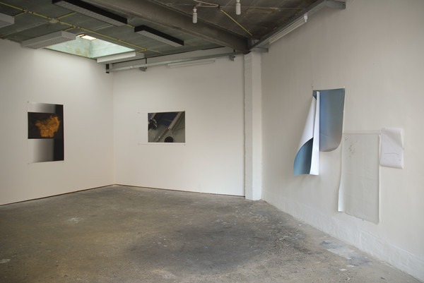 JESUS ALBERTO BENITEZ, exhibition view Dérivée, Rectangle, Brussels, 2013